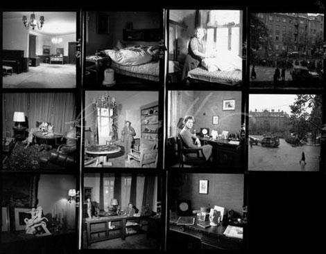 Fig. 5. Interior del departamento de Hitler y escenas donde se ven soldados aliados y prisioneros alemanes en las calles que se ven desde el domicilio, por Elizabeth Miller. © www.leemiller.co.uk